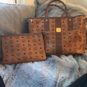 Mcm purse with clutch